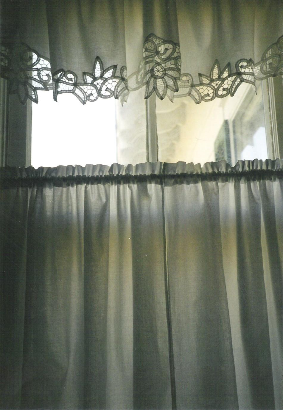 grandmothers-curtains